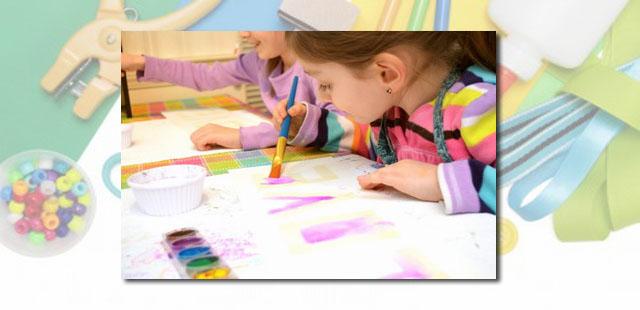 החומרים: דף נייר צבע קריון לבן צבעי מים מכחול   אופן ההכנה:  ציירו בצבע הלבן ציור שבחרתם על דף נייר. התמונה כמובן אינה נראית לעין. צבעו את […]
