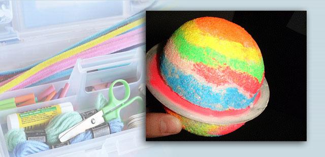 צביעה בצבעים זוהרים בחשכה מעניקה לפלנטה מראה מרהיב!   החומרים: תקליטור (CD) ישן כדור קלקר צבעים (עדיף כאלה הזוהרים בחשכה) מכחול דבק אפשרות: חוט דנטלי או חוט דייגים […]